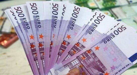 Des billets de 500 €