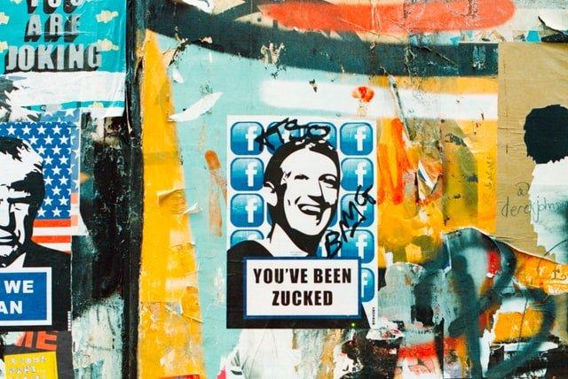 Facebook, Google et Twitter font face au Congrès américain.