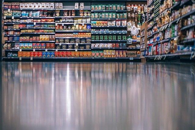 Les stocks de certains produits pourraient vite descendre dans les magasins.