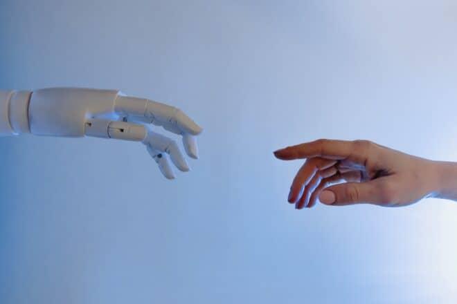 Rapprochement robot-humain