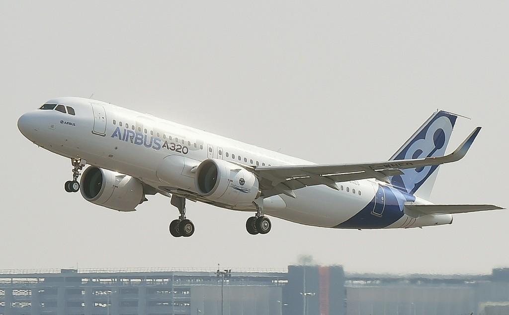 L'Airbus A320neo lors de son premier vol le 25 septembre 2014 à Blagnac près de Toulouse