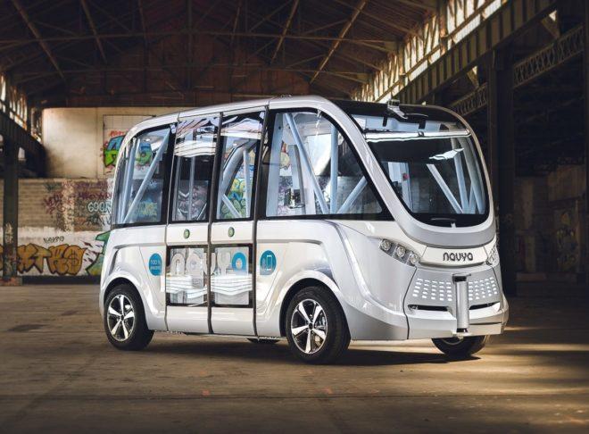 Le nouveau minibus autonome Arma Navya qui circule à Lyon