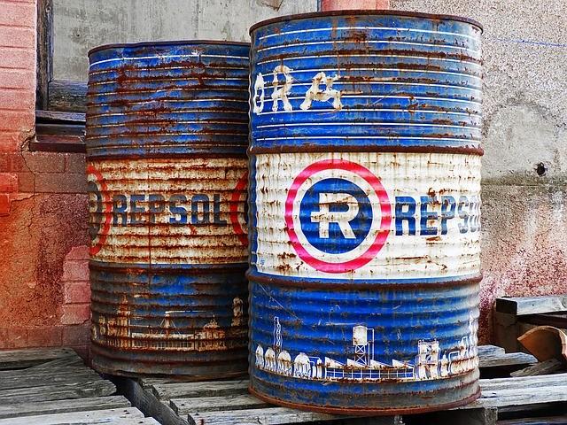 Des barils de pétrole Repsol